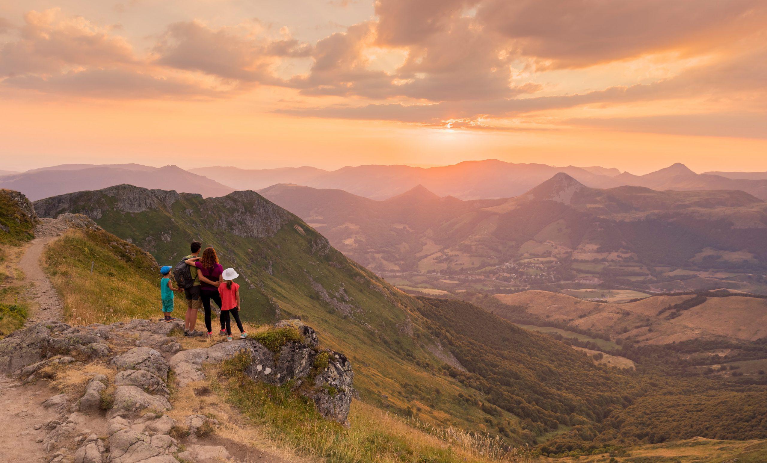Randonnée en famille autour du Lioran, Monts du Cantal (15)